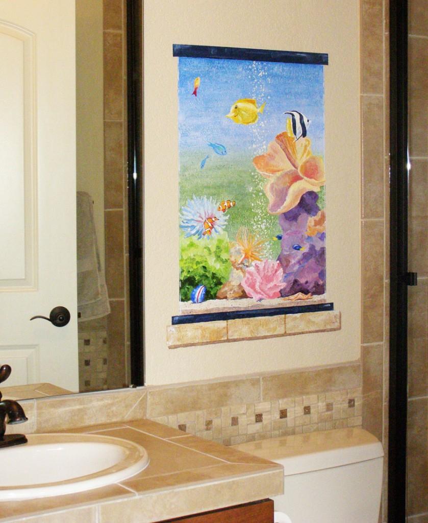 Ocean themed bedroom, tropical fish, in bathroom